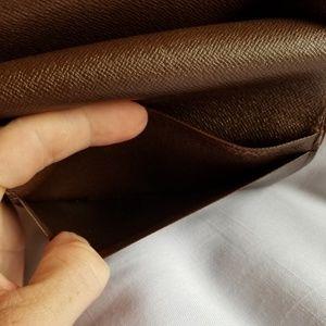 Louis Vuitton Bags - 🎊Vuitton Damier Porte-Monnaie Tresor Wallet🎀